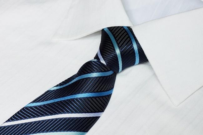 Cà vạt là món quà lý tưởng không thể bỏ qua.