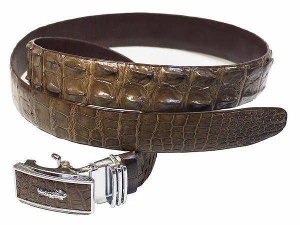 Chọn mua thắt lưng có chất liệu phù hợp để có được sản phẩm chất lượng.
