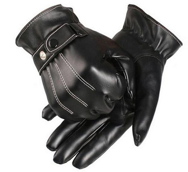 Găng tay da cho những người thường di chuyển bằng xe máy