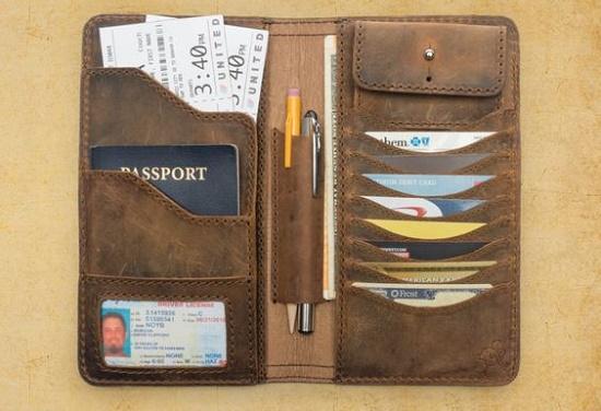 Hãy chọn một chiếc ví có nhiều ngăn