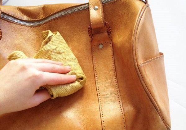 Việc làm sạch túi định kỳ cần được chú trọng