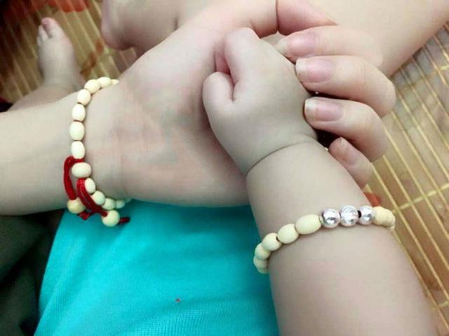 vòng tay trẻ em